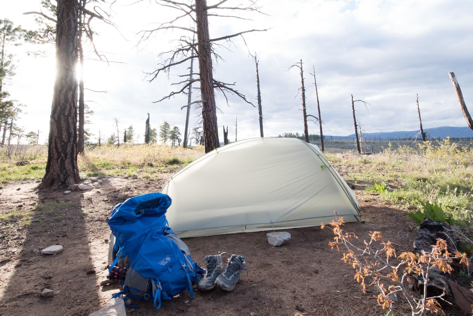 lightweight hiking tent
